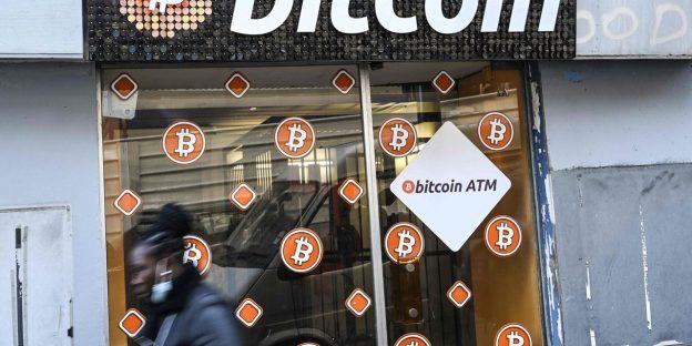 Platform Online eToro Dipanggil dalam Perdagangan Crypto Leveraged Ketika Harga Bitcoin Memuncak