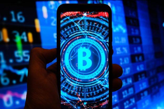 Peringatan 'Mendesak' Dikeluarkan Tentang Masa Depan Bitcoin Bahkan Saat Harga Pasar Crypto Melewati $2 Triliun