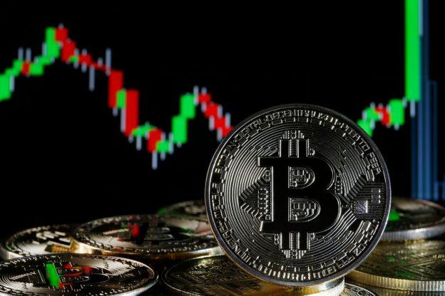 $100,000 Bitcoin Bisa Datang Lebih Cepat Dari yang Anda Pikirkan Dengan Ethereum Yang Memimpin