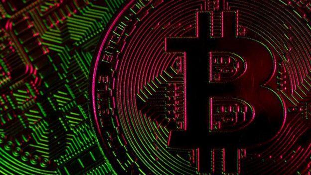 Solana Memimpin Reli Altcoin Besar-besaran Saat JPMorgan Memperingatkan Pasar Crypto Terlihat Gelembung Lagi